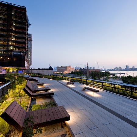The High Line is designed by landscape designers James Corner Field Operations and architects Diller Scofidio + Renfro.